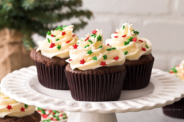 These small batch Chocolate Gingerbread Cupcakes with homemade cream cheese frosting makes a half dozen cupcakes. Ideal for when you want a small Christmas dessert without too many leftovers.