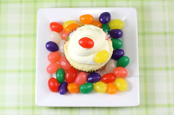 Jelly Bean Cupcakes | www.chocolatemoosey.com