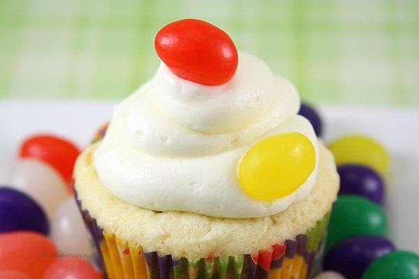 Jelly Bean Cupcakes | www.chocolatemoosey.com