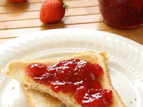 Small Batch Strawberry Jam Without Pectin