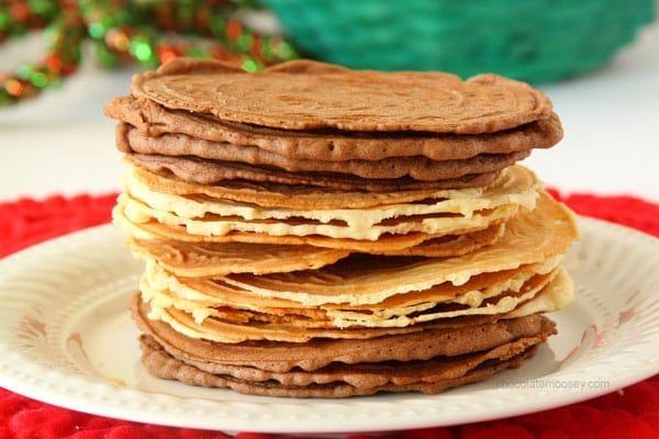 Pizzelles (Italian Wafer Cookies) | Chocolate Moosey