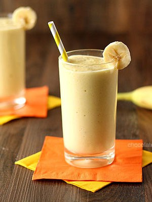 3 ingredient Banana Mango Smoothie made with fresh fruit and Greek yogurt