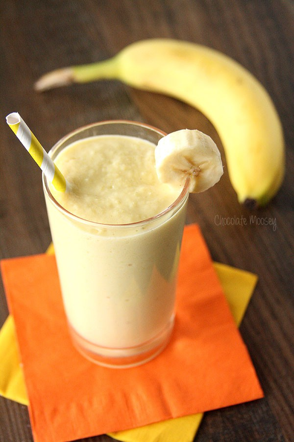 3 ingredient Banana Mango Smoothie made with fresh fruit and Greek yogurt