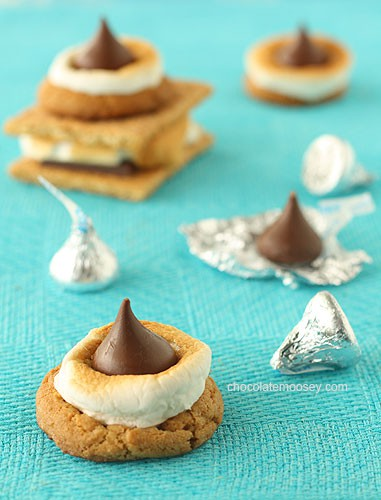 Smores Blossom Cookies from www.chocolatemoosey.com @chocolatemoosey
