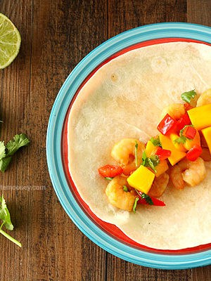 Asian Shrimp Tacos With Mango Salsa #WeekdaySupper from www.chocolatemoosey.com