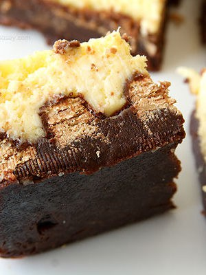 Kit Kat Cheesecake Brownies