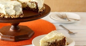 Carrot Cake Cheesecake | www.chocolatemoosey.com