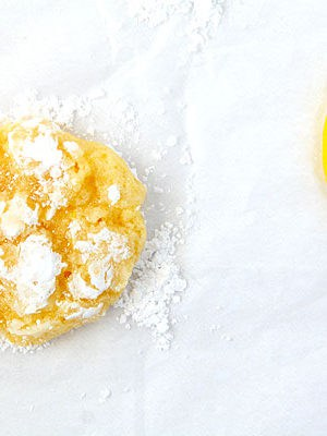 Lemon Coconut Crinkle Cookies