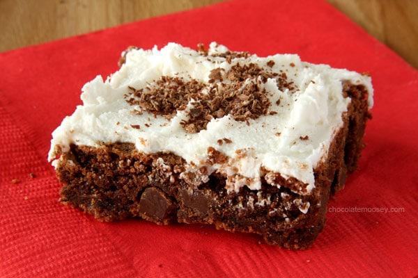 Mexican Hot Chocolate Brownie Cookie Bars | www.chocolatemoosey.com