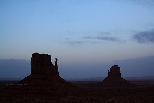 Monument Valley at night - Tips For Travel Photography