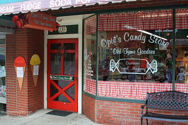 Maybury | www.chocolatemoosey.com