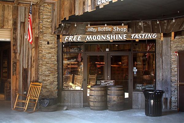 Moonshine | www.chocolatemoosey.com