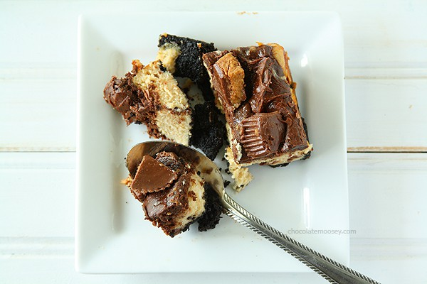 Chocolate Peanut Butter Cup Cheesecake Squares | www.chocolatemoosey.com