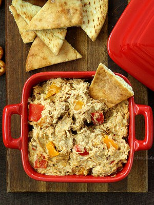 Chicken Fajita Dip and Quesadillas | www.chocolatemoosey.com