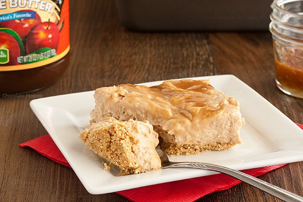 Take a bite of fall with creamy No Bake Caramel Swirl Apple Butter Cheesecake with a homemade graham cracker crust.