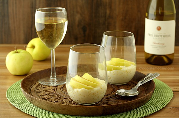 Tapioca Pudding with Fresh Apple Slices | www.chocolatemoosey.com