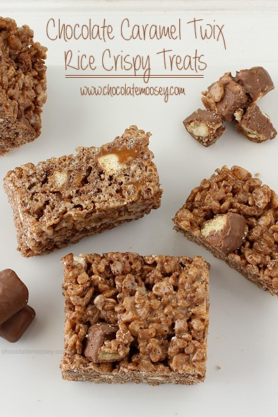 Chocolate Caramel Twix Rice Crispy Treats | www.chocolatemoosey.com