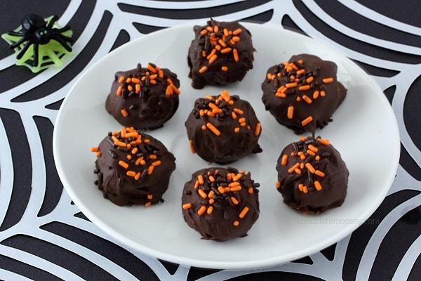 Halloween Cheesecake Truffles   www.chocolatemoosey.com