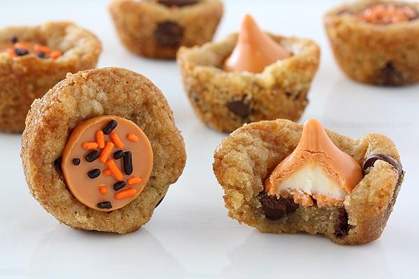 Pumpkin Spice Kiss Cookie Cups   www.chocolatemoosey.com