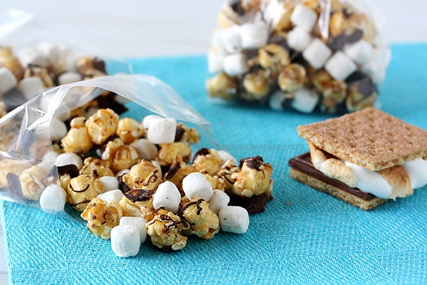 S'mores Caramel Popcorn | www.chocolatemoosey.com