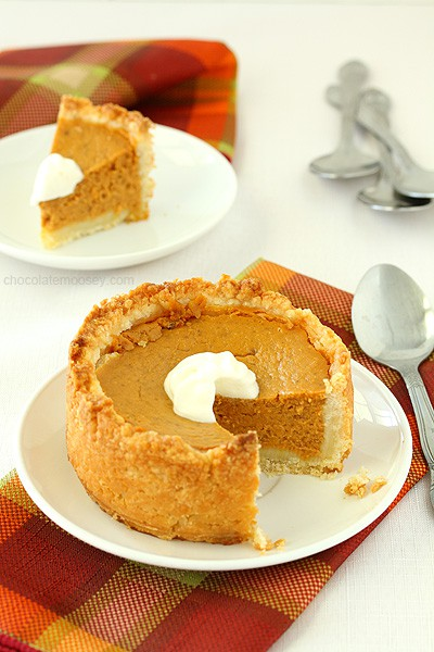 Deep Dish Mini Pumpkin Pies For Two without evaporated milk in a cream cheese pie crust