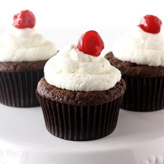 Cherry Cheesecake Stuffed Cupcakes