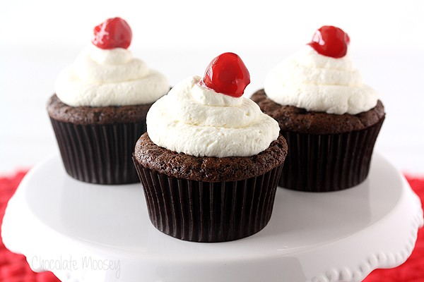 Cherry Cheesecake Stuffed Cupcakes