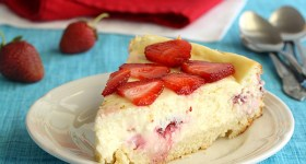 Strawberry Shortcake Cheesecake with a sponge cake crust