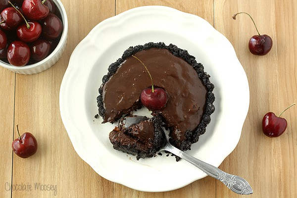 No Bake Chocolate Cherry Tartlets