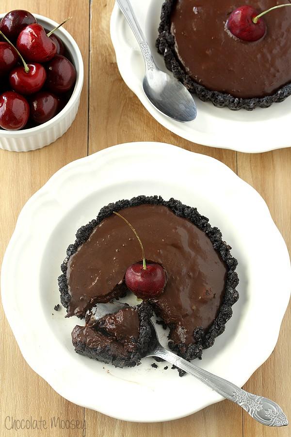 No Bake Chocolate Cherry Tartlets