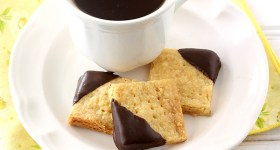 Chocolate-Dipped Orange Shortbread Cookies with tea