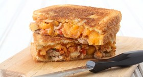 Salsa Chicken Grilled Cheese Sandwiches for an easy weeknight dinner
