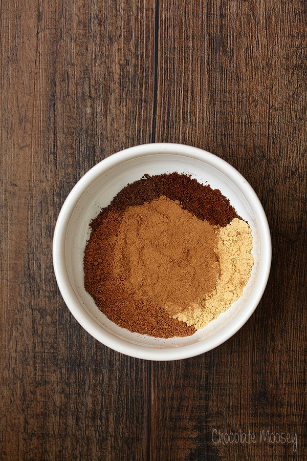 Pumpkin Pie Spice with cinnamon, ginger, nutmeg, clove, and allspice