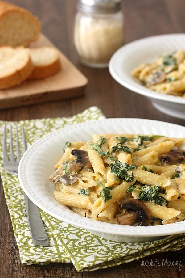 Mushroom Spinach Alfredo Recipes — Dishmaps