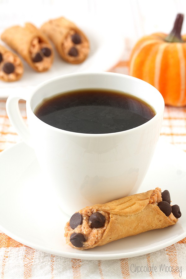 Mini Pumpkin Cannolis