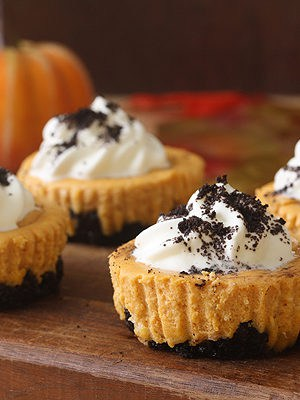 Mini Pumpkin Oreo Cheesecakes (Small Batch)