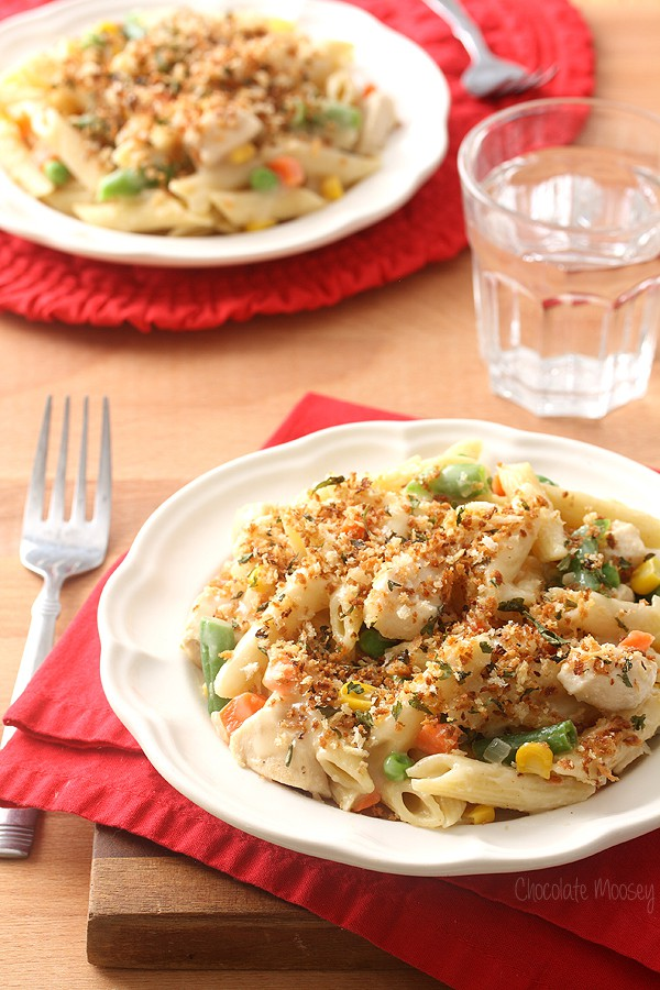 Chicken Pot Pie Pasta with toasted panko breadcrumb topping