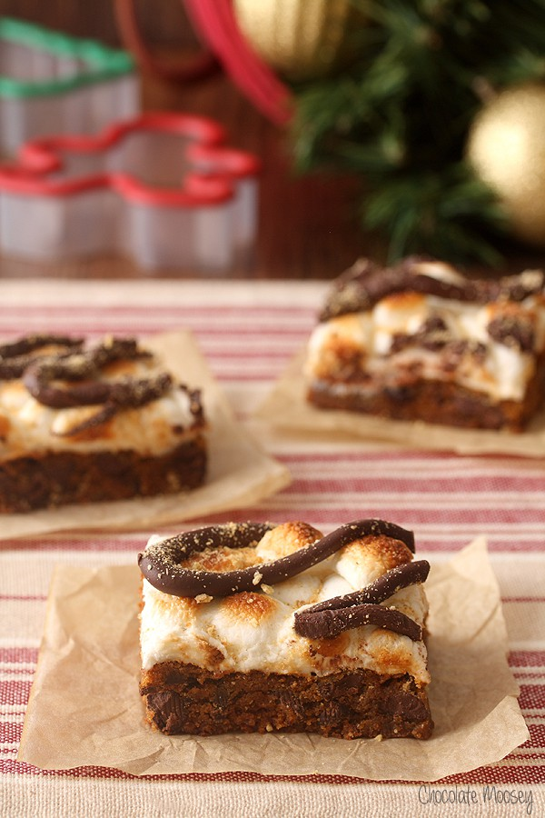 Gingerbread S'mores Cookie Bars for Christmas baking season
