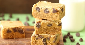 Peanut Butter Cookie Dough Blondies