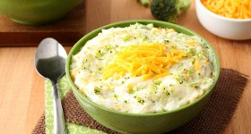 Broccoli and Cheese Mashed Potatoes for an easy side dish