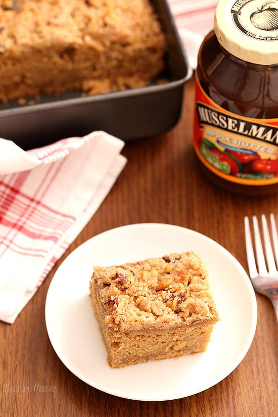 Apple Butter Crumb Cake made with Musselman's Apple Butter