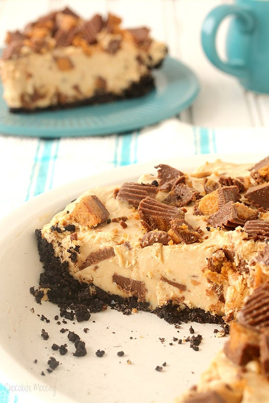love this no bake peanut butter pie stuffed full of peanut butter cups ...