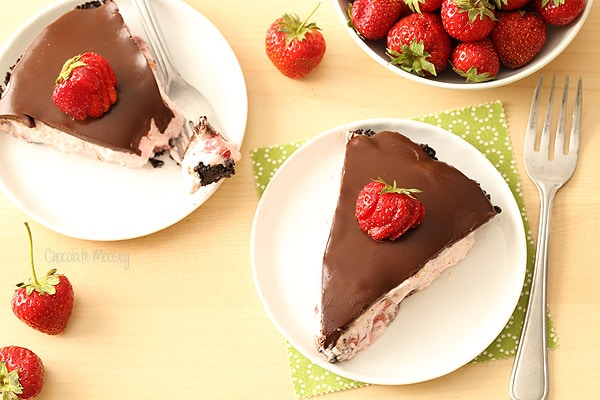 No Bake Chocolate Covered Strawberry Pie with an Oreo cookie pie crust