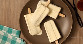 Vanilla Bean Creamsicles - a vanilla version of fudgesicles
