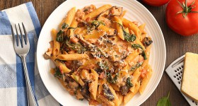 Creamy Tomato and Mushroom Pasta with spinach and homemade tomato sauce