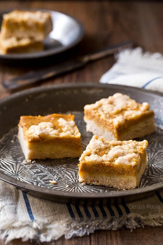 Pumpkin Pie Crumb Bars For Thanksgiving