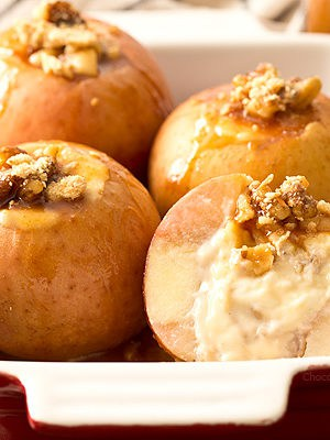 Caramel Cheesecake Stuffed Apples
