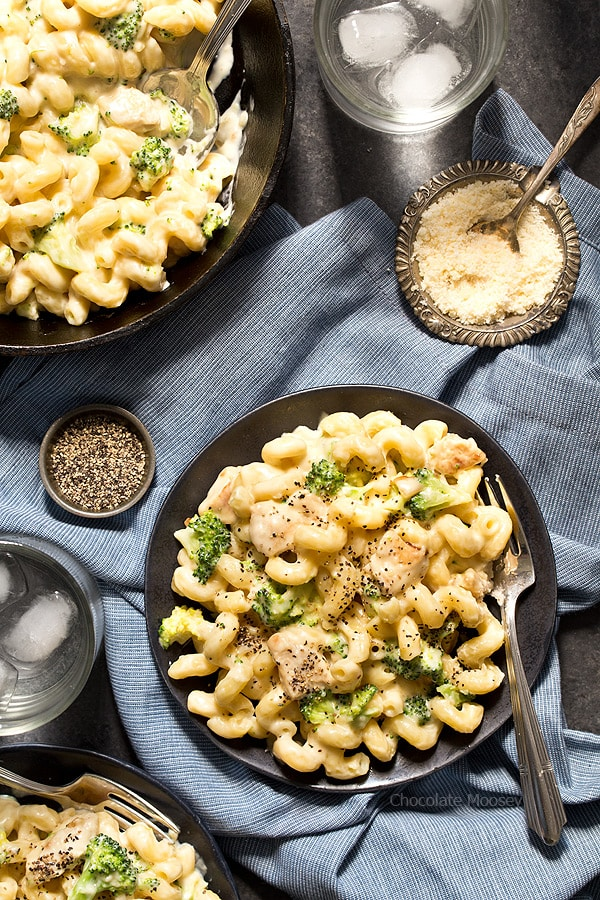 Take A Break From Traditional Fettuccine Alfredo And Make This Easy Chicken Broccoli Alfredo Mac And
