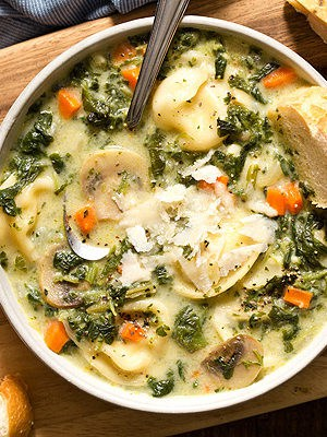 One Pot Spinach Mushroom Dumpling Soup