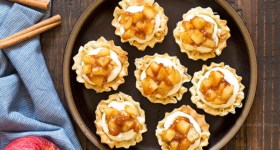 No Bake Apple Pie Cheesecake Phyllo Cups
